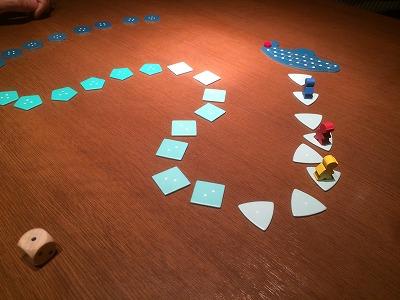 人間の欲が入り乱れるお宝回収テーブルゲーム「海底探険」